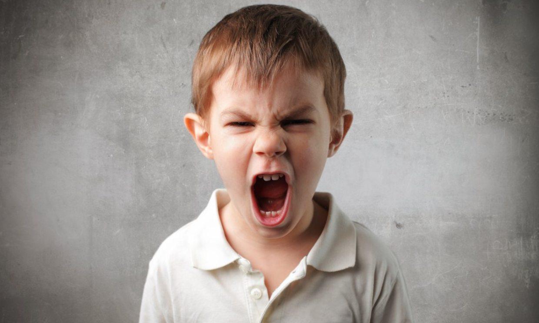 Cómo enseñar a tu hijo a gestionar sus enfados