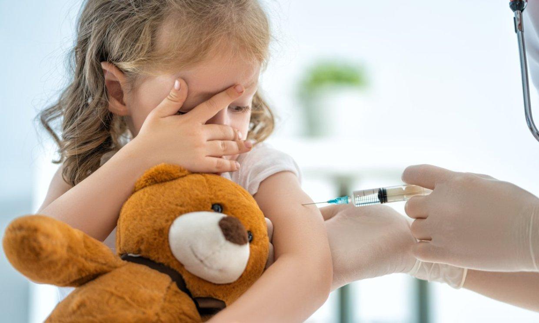 Virus y vacunas, ¿quieres saber cómo explicarle estos conceptos a tus hijos?