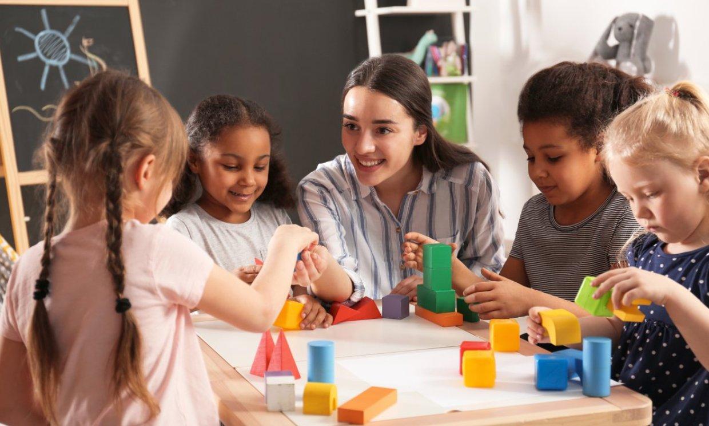 'En la jerarquía pedagógica, el maestro de primaria se encuentra en el nivel más bajo'