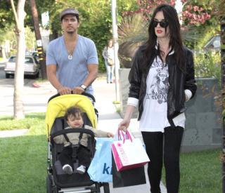 Paz Vega, de compras con su marido e hijo Orson, que cumplirá pronto su primer año