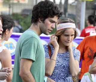 El Actor Adrian Grenier Un Corredor Muy Solidario Noticias Hola Com