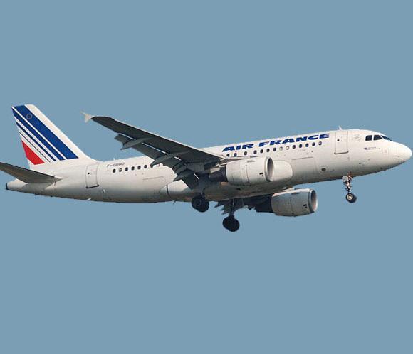 Sin noticias del avión desaparecido
