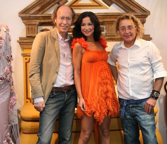 Cecilia Gómez y 'Victorio& Luchino' presentan el vestuario del espectáculo flamenco de la bailarina