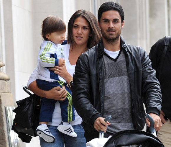 Mikel Arteta with vacker, gullig, Fru Lorena Bernal