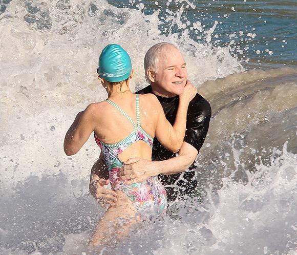 Steve Martin y su esposa se divierten juntosen las Antillas francesas