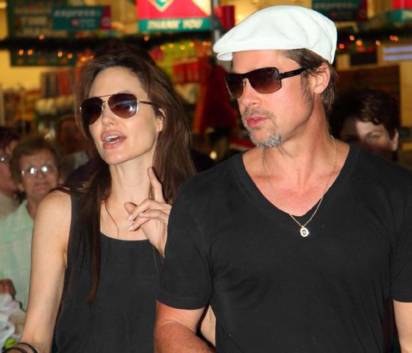 Brad Pitt y Angelina Jolie continúan su labor solidaria en Namibia