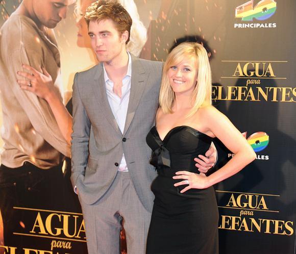 Robert Pattinson: 'Mi relación con Kristen es bastante normal'