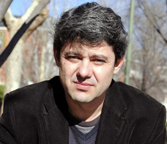 Antonio Mercero, hijo del director Antonio Mercero, dedica a su padre, enfermo de Alzheimer, su primera novela