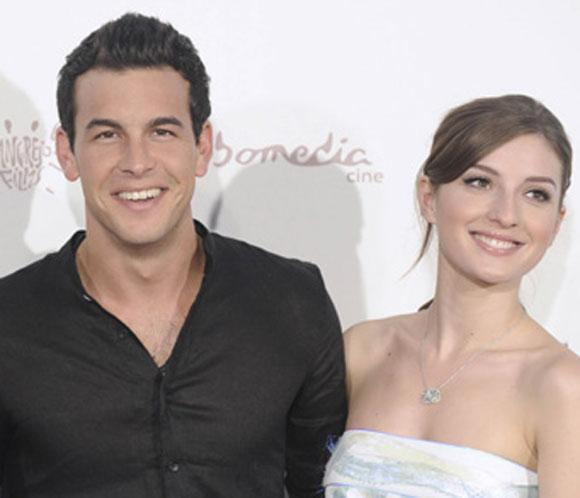 La hermana de Mario Casas desmiente que el actor haya roto con María Valverde