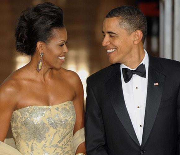 Obama bate el récord del retuiteo con su foto agradeciendo la victoria