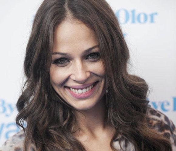 Eva González asegura que el nacimiento del sobrino de su novio no le hecho despertar el gusanillo de la maternidad
