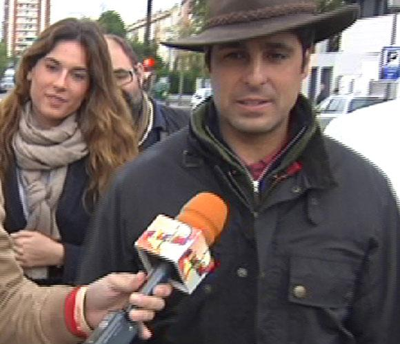 Francisco Rivera acude con su novia a conocer a su sobrino