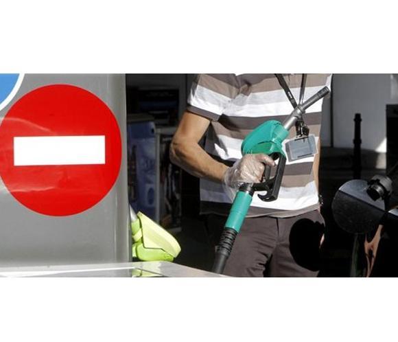 La gasolina y el gasóleo vuelven a abaratarse y suman tres semanas a la baja