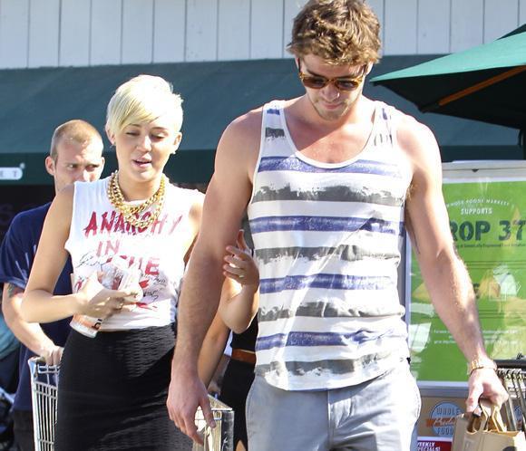 Miley Cyrus: 'No habrá tres bodas, sino solo una. Será mi gran día'