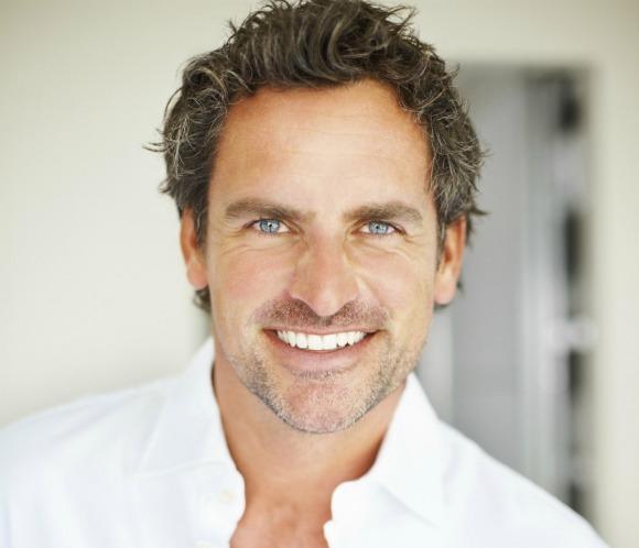 Tres tratamientos muy masculinos para una mirada más joven