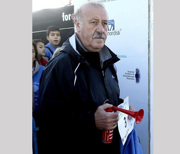 Vicente del Bosque pone en marcha a mil corredores en la I Carrera por la Diabetes