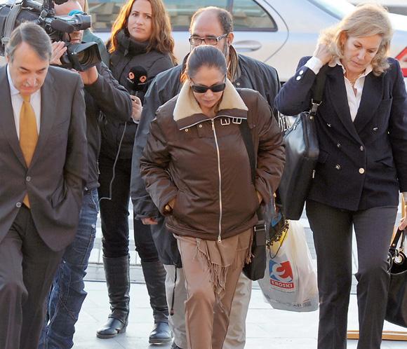 Isabel Pantoja vuelve a los juzgados tras ser abuela