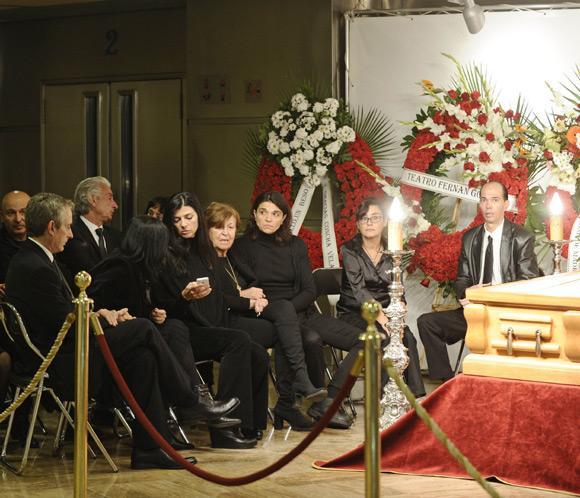 Familiares, amigos y admiradores dan el último adiós al gran Tony Leblanc