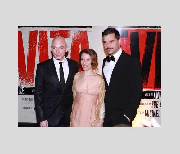 El musical 'Evita' seguirá en Broadway en 2013 sin Ricky Martin y Elena Roger