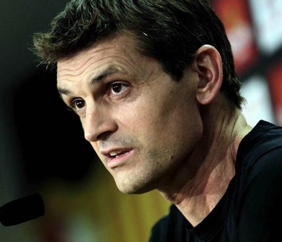 TIto Vilanova, entrenador del Barça, recibe el alta hospitalaria