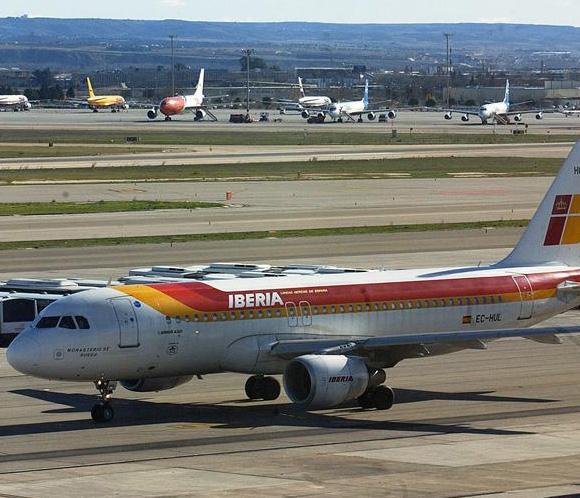 Los nuevos pilotos de Iberia cobrarán el 40 por ciento menos