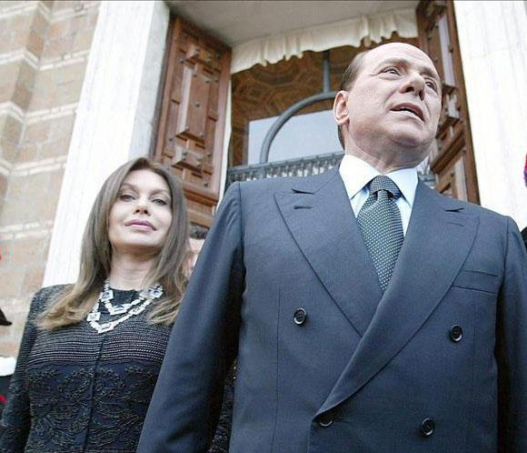 Berlusconi pagará tres millones de euros al mes a su segunda esposa por el divorcio