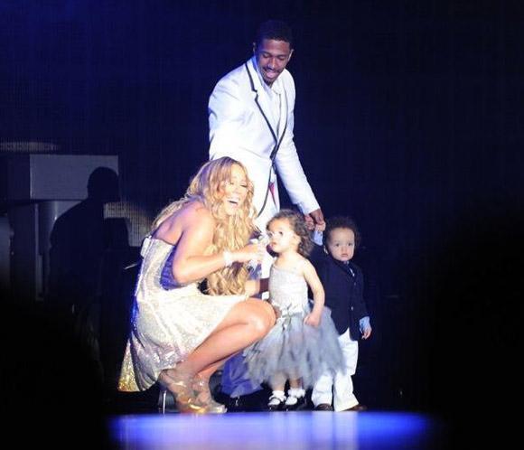Mariah Carey estrena el nuevo año rodeada de los suyos y al son de su pasión, la música