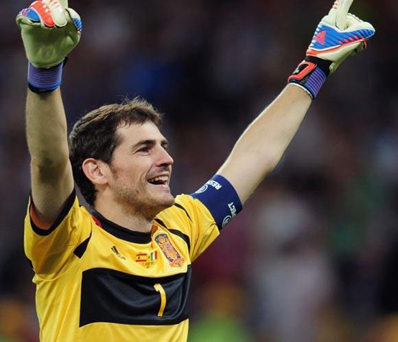 Periodistas de los cinco continentes nombran a Iker Casillas como mejor portero del año