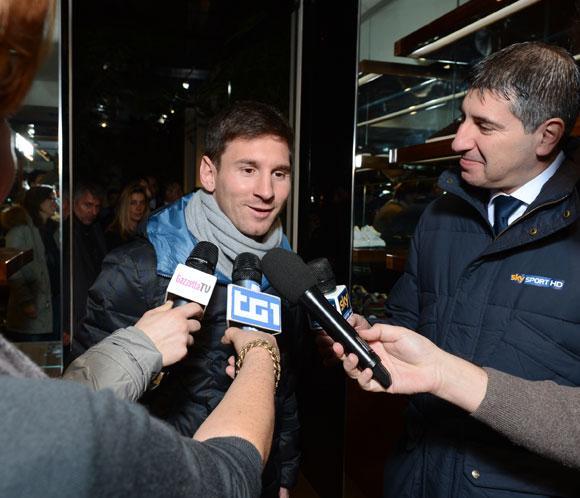 Leo Messi agradece a Dolce&Gabbana el traje que le diseñaronpara el Balón de Oro