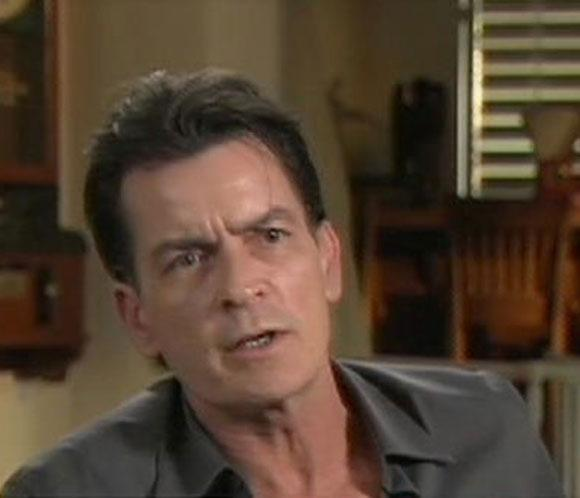 Charlie Sheen se acerca a la reconciliación con los productores de 'Dos hombres y medio'