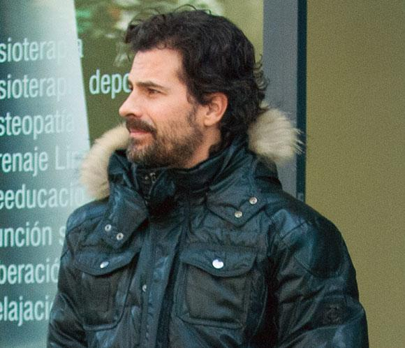El actor Rodolfo Sancho cumple 37 años recuperándose de la lesión que sufre en su brazo derecho