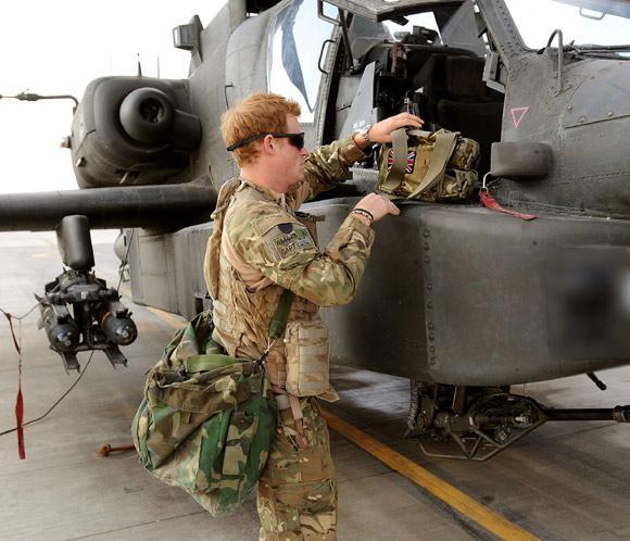 El príncipe Harry confiesa que mató a insurgentes talibanes durante su última misión en Afganistán