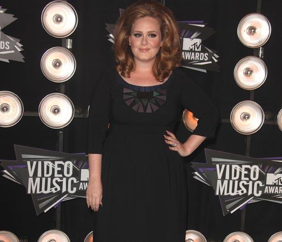 Adele cantará en directo 'Skyfall' en la ceremonia de los Oscar