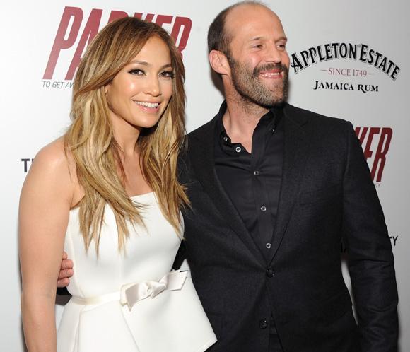 Una bellísima Jennifer López estrena su nueva película, 'Parker'