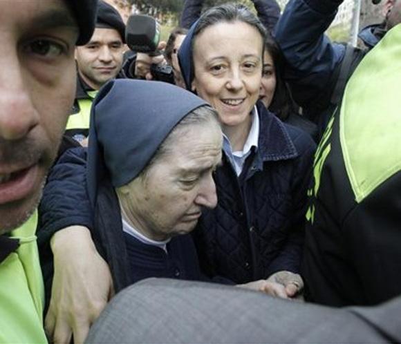 """Fallece en Madrid """"Sor María"""", imputada en dos casos de niños robados"""