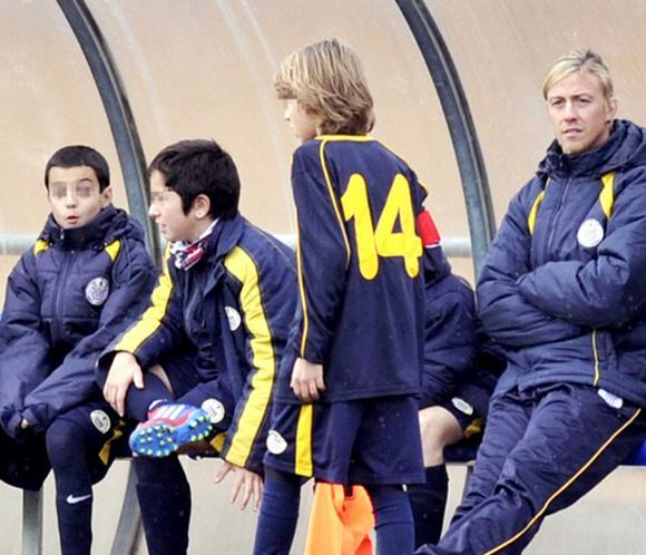 Guti regresa al fútbol como entrenador de su hijo mayor: 'Se le da muy bien, tiene cualidades'