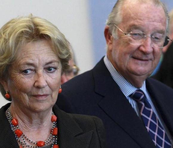 El rey Alberto II reconoce que 'la Familia Real belga ha recibido una lección de humildad'