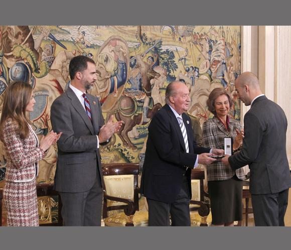 El Rey elogia el balonmano como ejemplo de lo que pueden lograr los españoles unidos