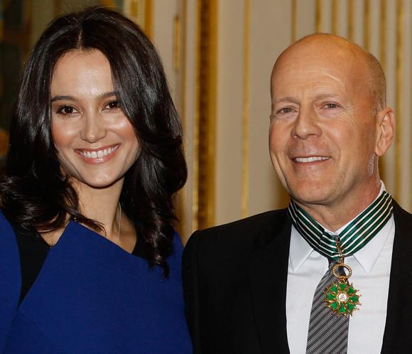 Bruce Willis recibe la Medalla de las Artes en París