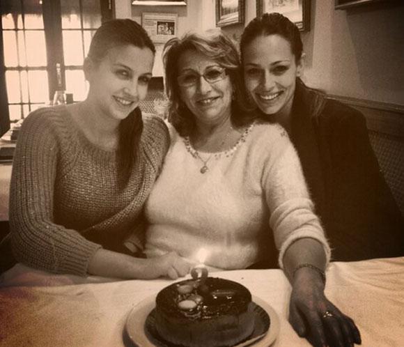 Eva González celebra en familia el cumpleaños de su madre