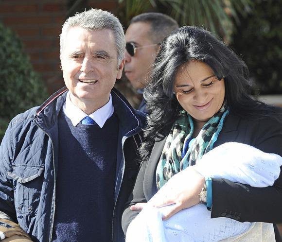 José Ortega Cano y Ana María Aldón ya están en casa con su hijo