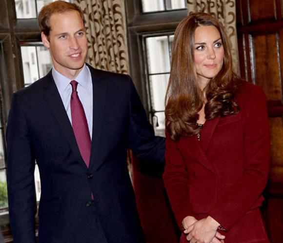 La publicación de unas fotografías de Catherine Middleton embarazada y en bikini desatan la indignación en palacio