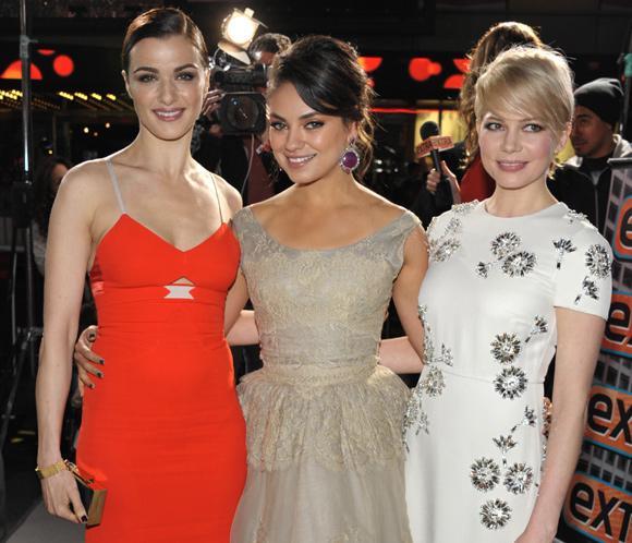 Michelle Williams, Rachel Weisz yMila Kunis, trío de bellezas en el estreno de 'Oz, un mundo de fantasía'