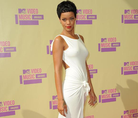 Diseños de Rihanna centrarán la atención en la recién estrenada pasarela londinense