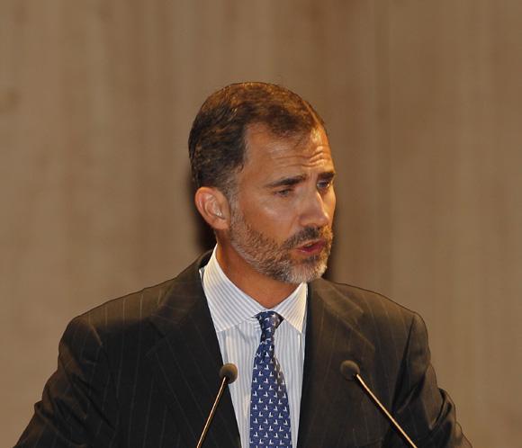Don Felipe: 'Todos debemos cumplir nuestro deber y afrontar responsabilidades'