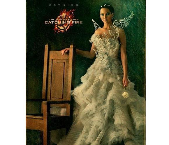 Jennifer Lawrence, espectacular y bellísima en el cartel de la segunda parte de 'Los juegos del hambre'