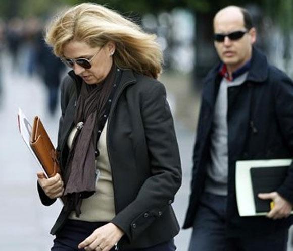 El juez instructor del caso Nóos notifica a las partes la personación de la infanta Cristina como imputada