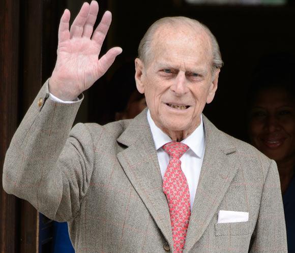 El duque de Edimburgo se somete a una operación de abdomen