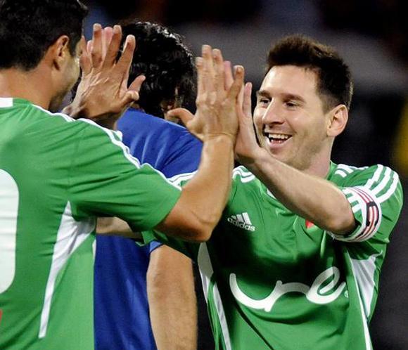 Messi deleitó a los aficionados en un partido con fines benéficos en Colombia