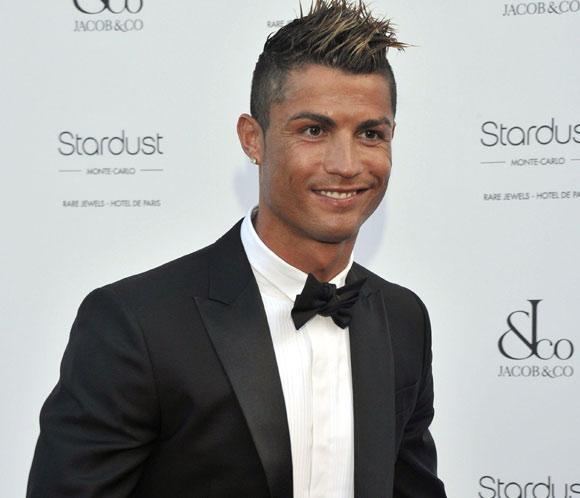 Cristiano Ronaldo, en solitario y de gala en Mónaco